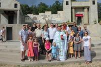 Families from Ukrainian Catholic Parishes of the Rossburn District.